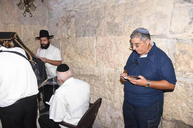 סיור בקבר דוד