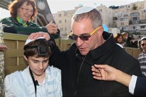 תפילות האב בעליה לתורה בכותל