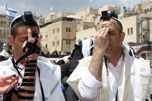 קריאת שמע ישראל בעליה לתורה