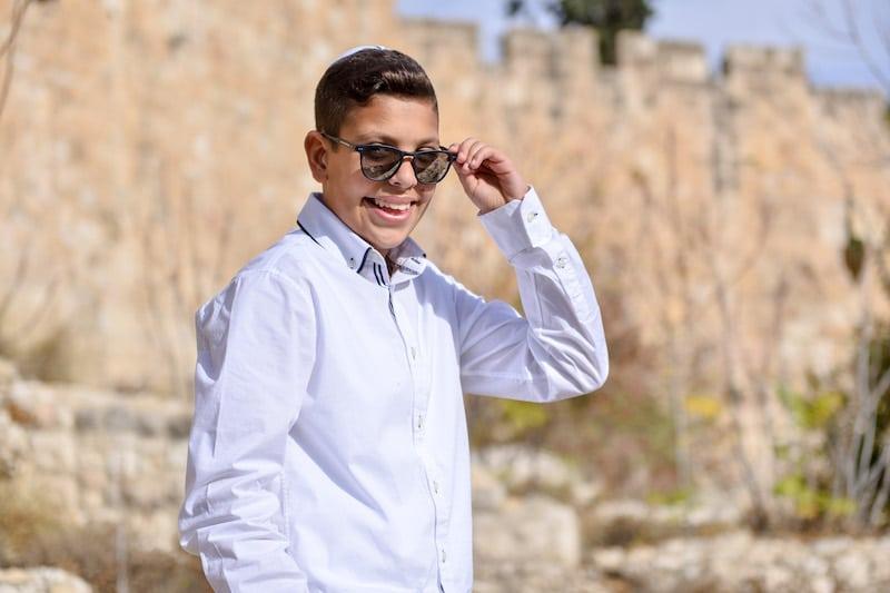תמונה בר מצווה בכותל בירושלים