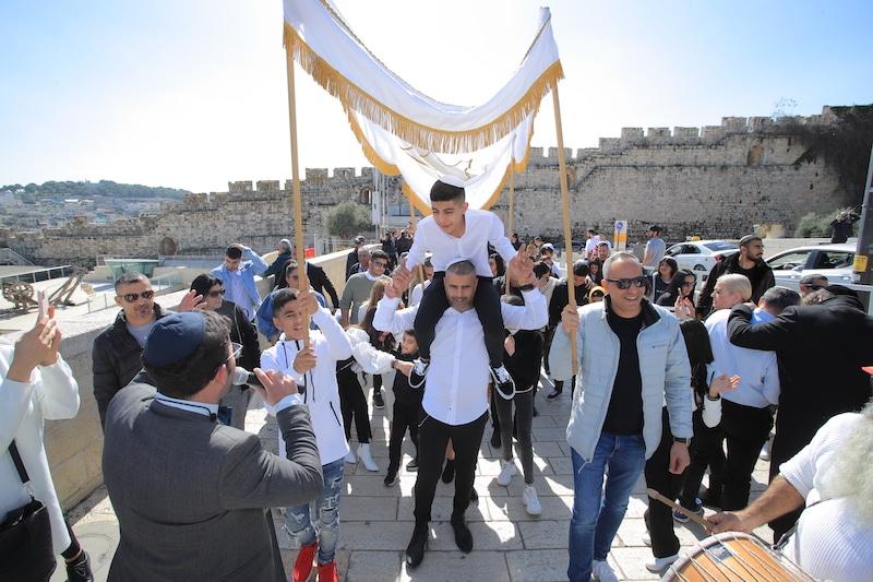 בר מצווה בירושלים בכותל